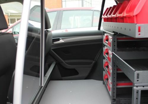 Bilindretning til lille varebil